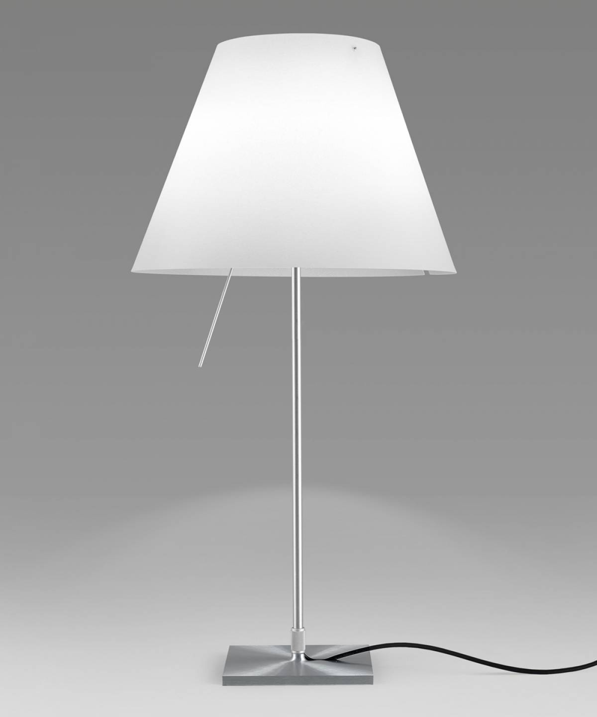 6 Costanza table lamp Luceplan