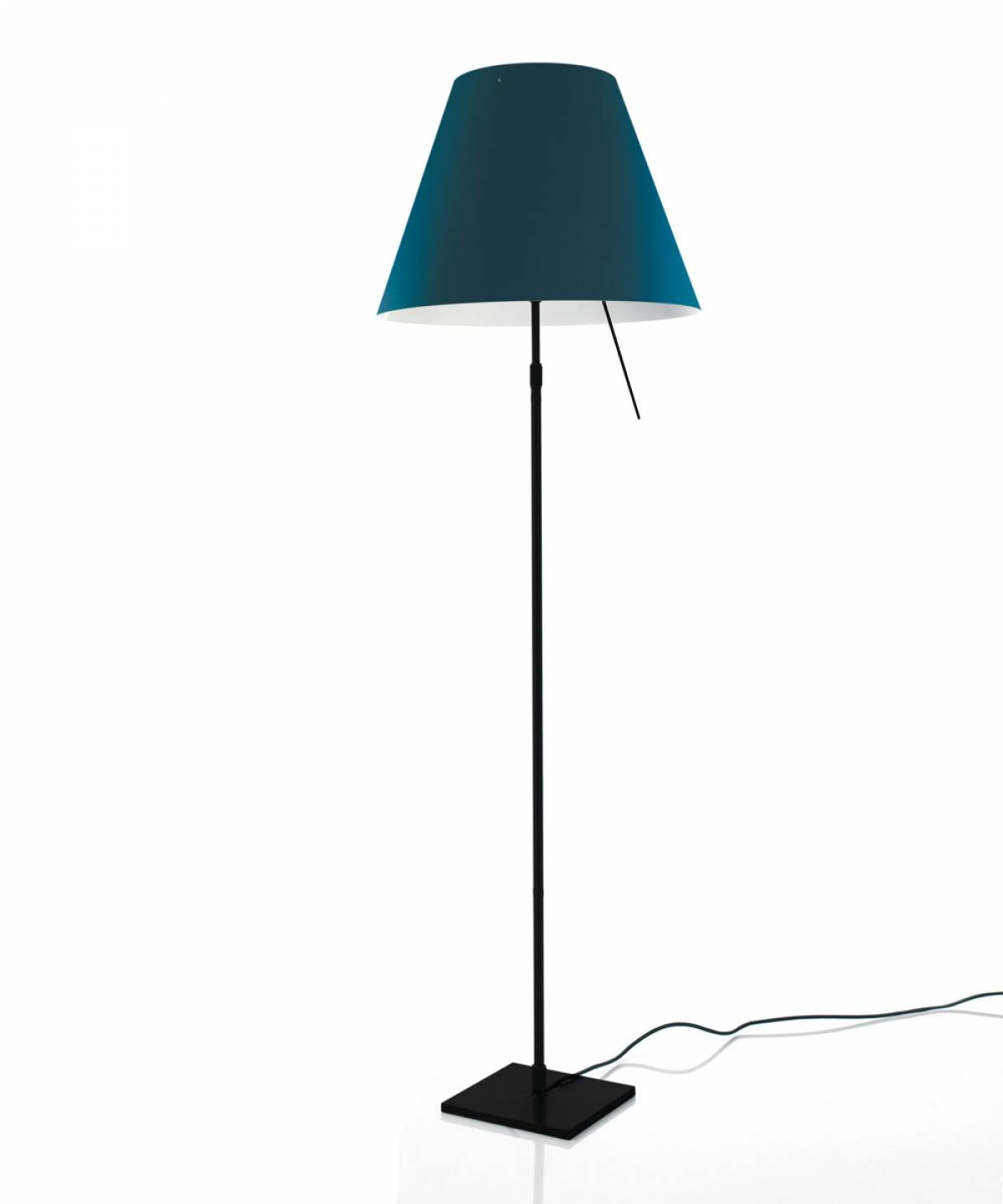 5 Costanza floor lamp Luceplan