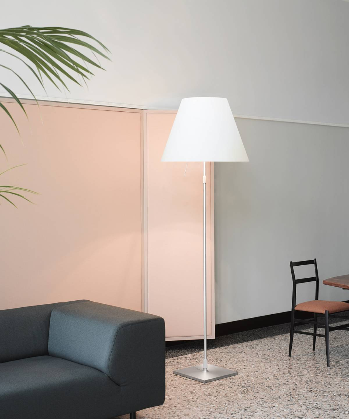 Grande Costanza table lamp Luceplan