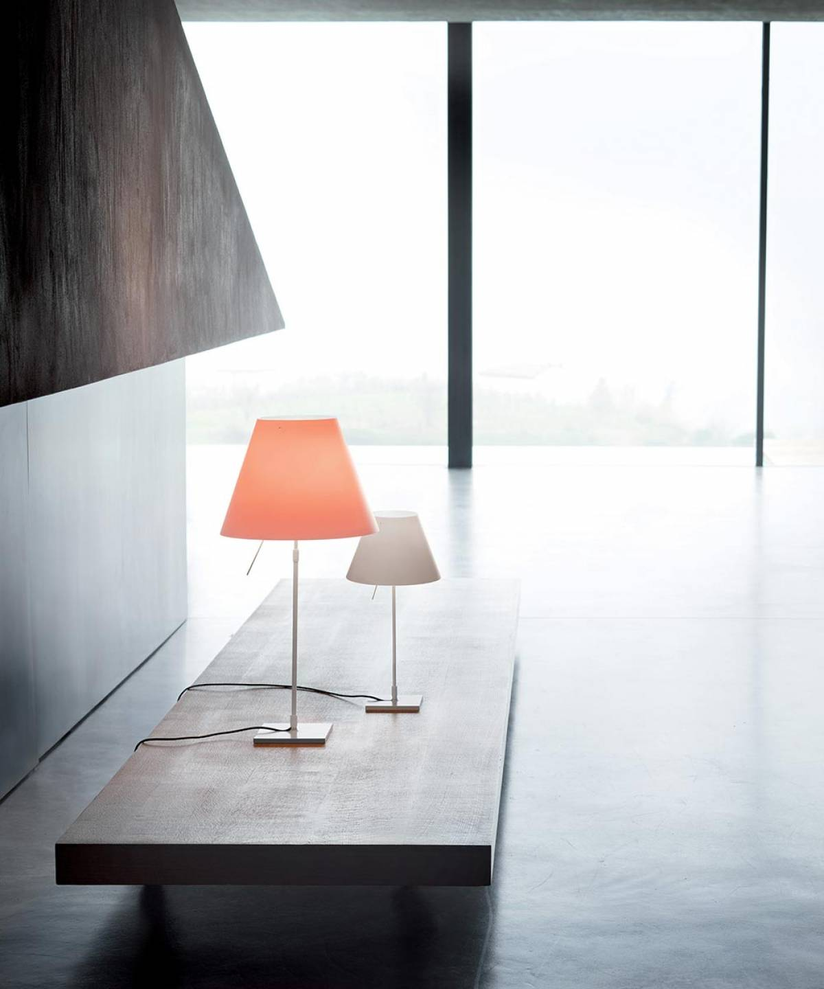 2 Costanza table lamp Luceplan