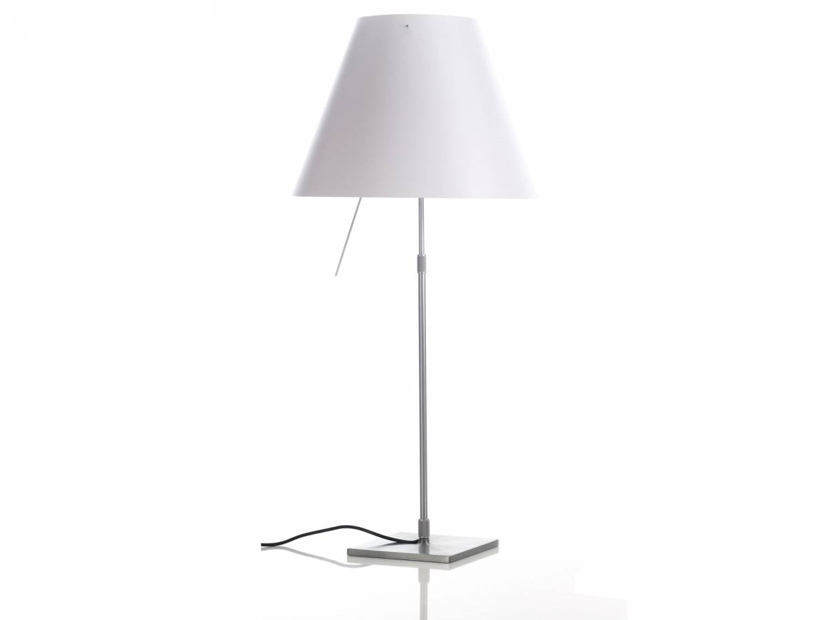 3 Costanza table lamp Luceplan