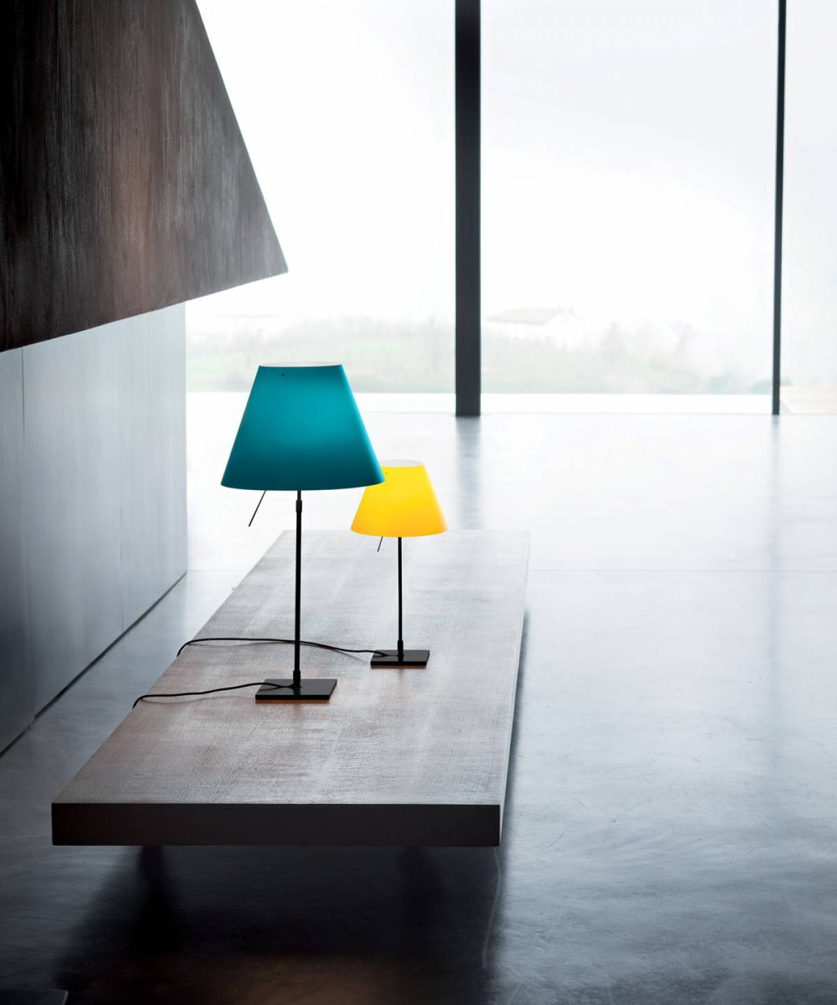 1 Costanza table lamp Luceplan