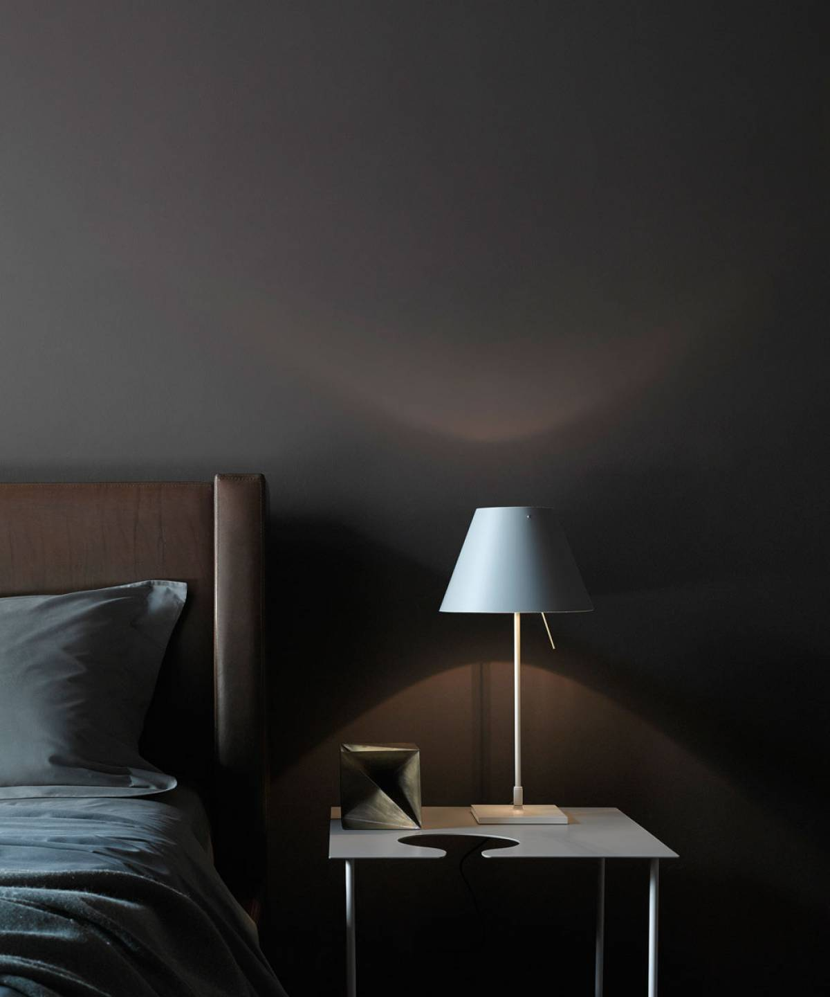 1 Costanzina table lamp Luceplan