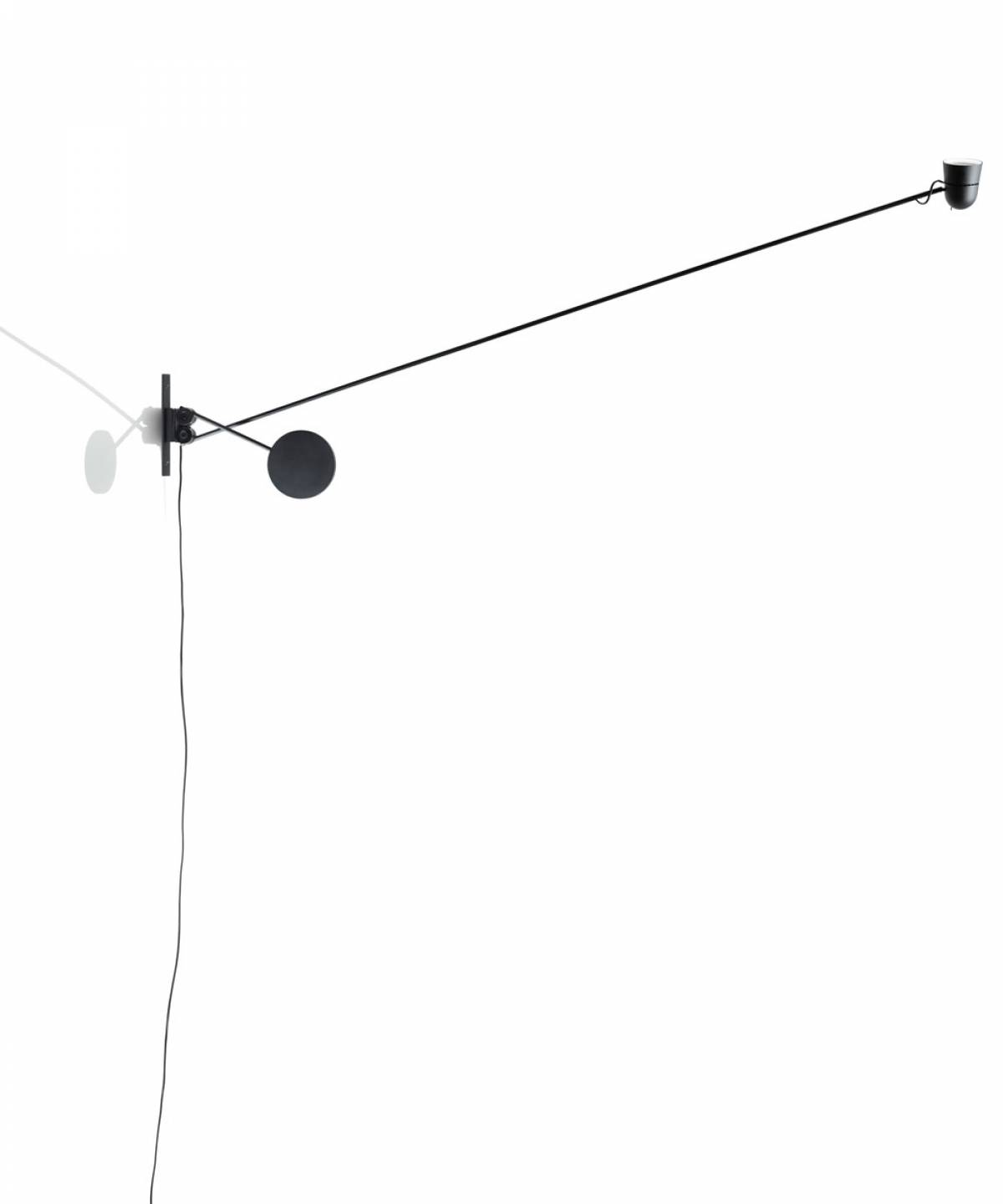 5 Counterbalance wall lamp Luceplan