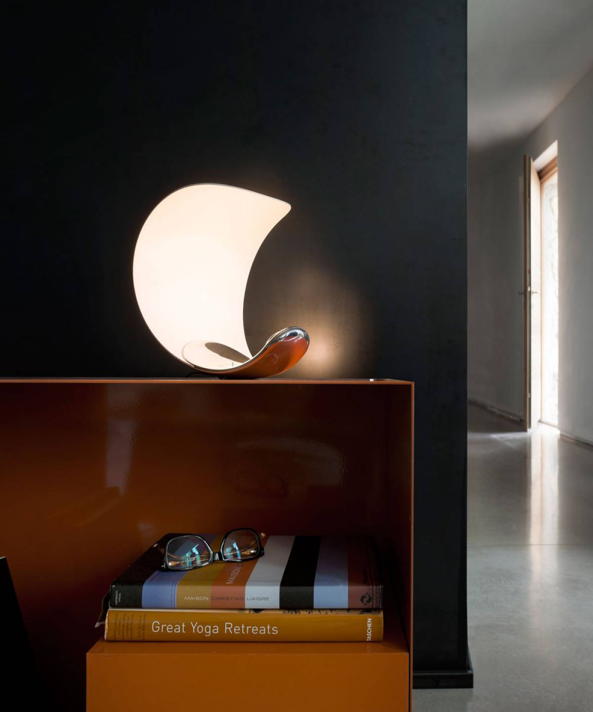 2 Curl table lamp Luceplan