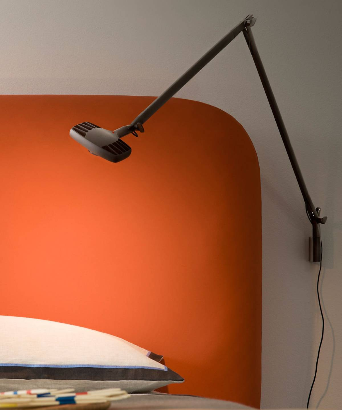Otto Watt wall lamp Luceplan
